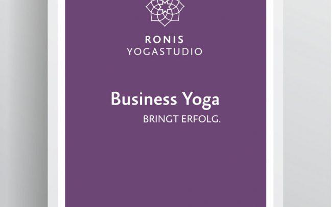 Covergestaltung Broschüre für Yogastudio von allegria design in München. Foto © Vector-pro-shutterstock.com